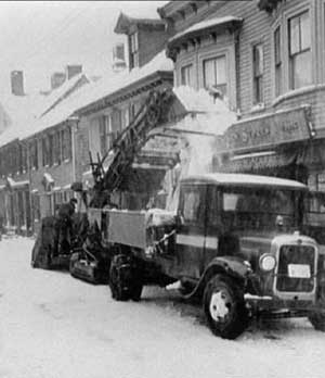 Barber Green snow loader from the 1930s