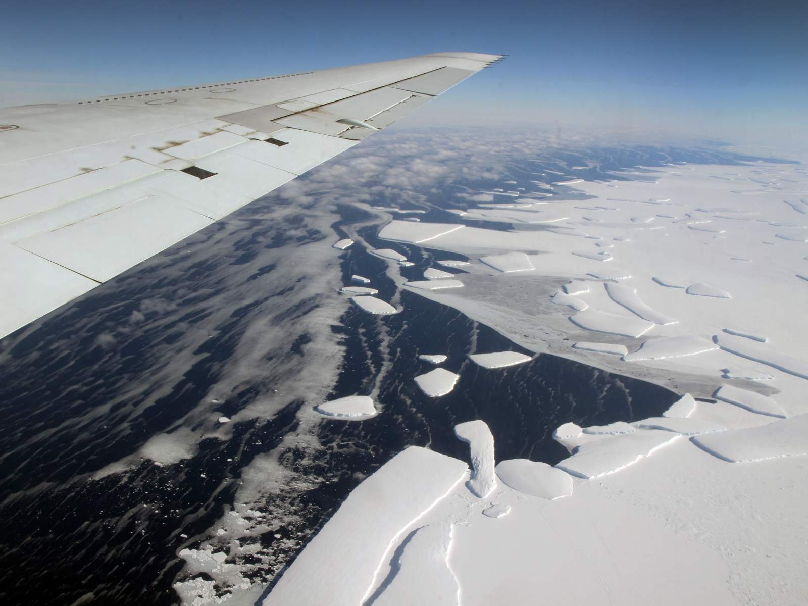 IceBridge plane flies over Antarctica
