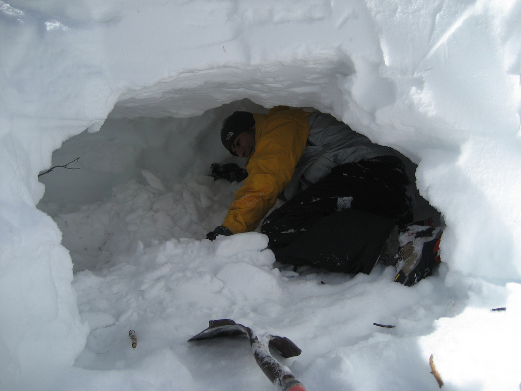 Wild Ice Shelters : Snow cave