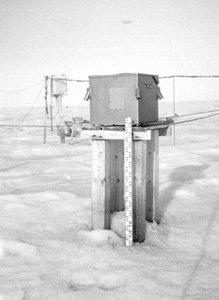 "An IVO device for measuring the base height of cloud cover. IVO is the Russian abbreviation for this instrument. Image credit: EWG. (<a href=""/cryosphere/gallery/photo/34108"">View photo detail.</a>) <br>"