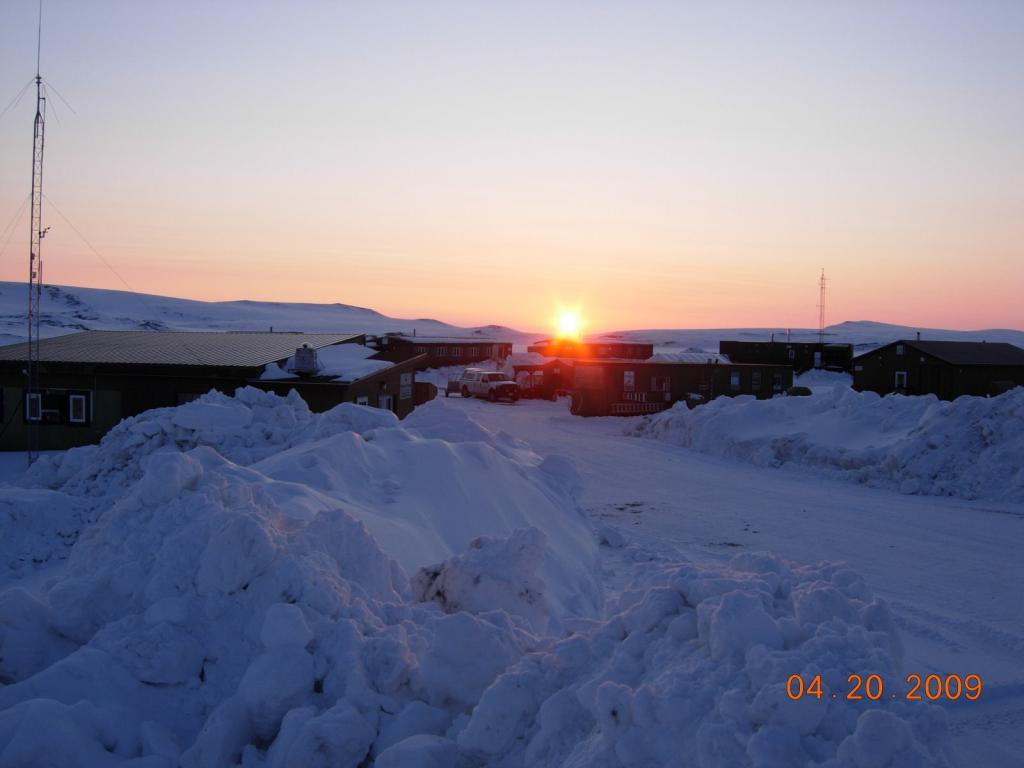 "The sun sets in Toolik, Alaska. Image courtesy Mark Serreze, NSIDC. (<a href=""/cryosphere/gallery/photo/33627"">View photo detail.</a>) <br>"
