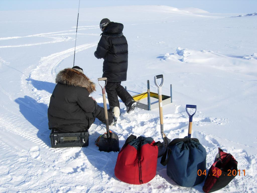 "Researchers set up research equipment during the 2011 Arctic Observing Network (Snownet) project in Alaska. (<a href=""/cryosphere/gallery/photo/33993"">View photo detail.</a>) <br>"