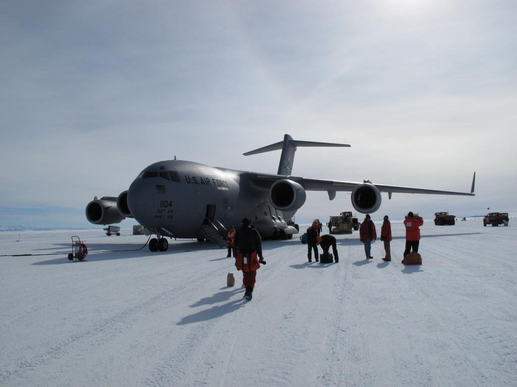 "Researchers disembark at McMurdo Station in Antarctica. Image Credit:  Ted Scambos, NSIDC (<a href=""/cryosphere/gallery/photo/33739"">View photo detail.</a>) <br>"