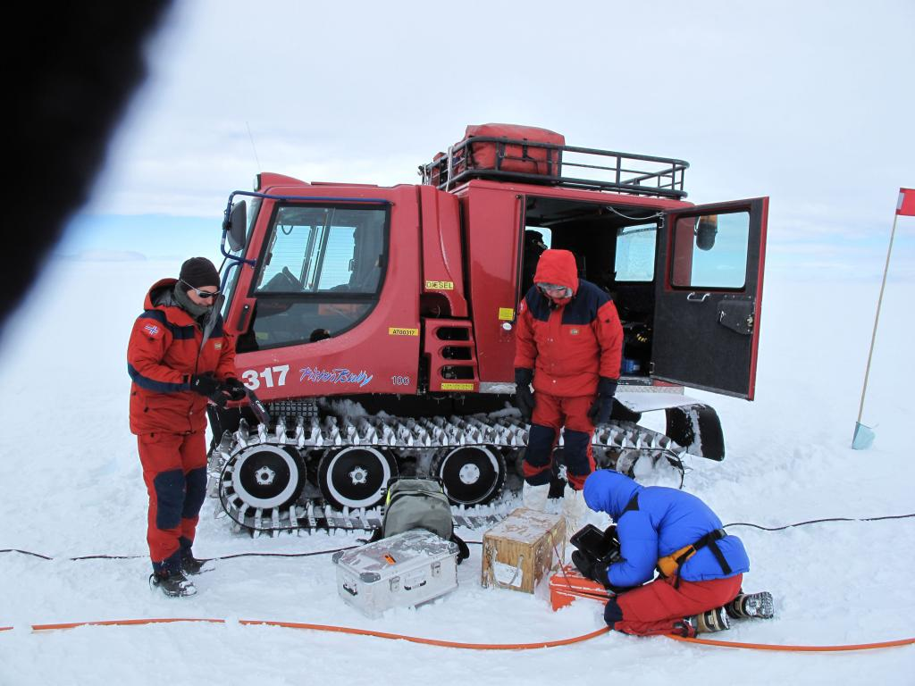 "The team prepares a vehicle for the U.S.-Norway Traverse of East Antarctica. Image Credit:  Ted Scambos, NSIDC (<a href=""/cryosphere/gallery/photo/33752"">View photo detail.</a>) <br>"