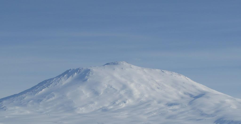 "Mount Erebus is located on Ross Island, towering above McMurdo Station. Image Credit:  Ted Scambos, NSIDC (<a href=""/cryosphere/gallery/photo/33753"">View photo detail.</a>) <br>"