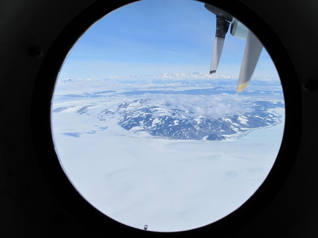 "During the flight from McMurdo Station to the South Pole, the team had some great views of the ice sheet. Image Credit:  Ted Scambos, NSIDC (<a href=""/cryosphere/gallery/photo/33758"">View photo detail.</a>) <br>"