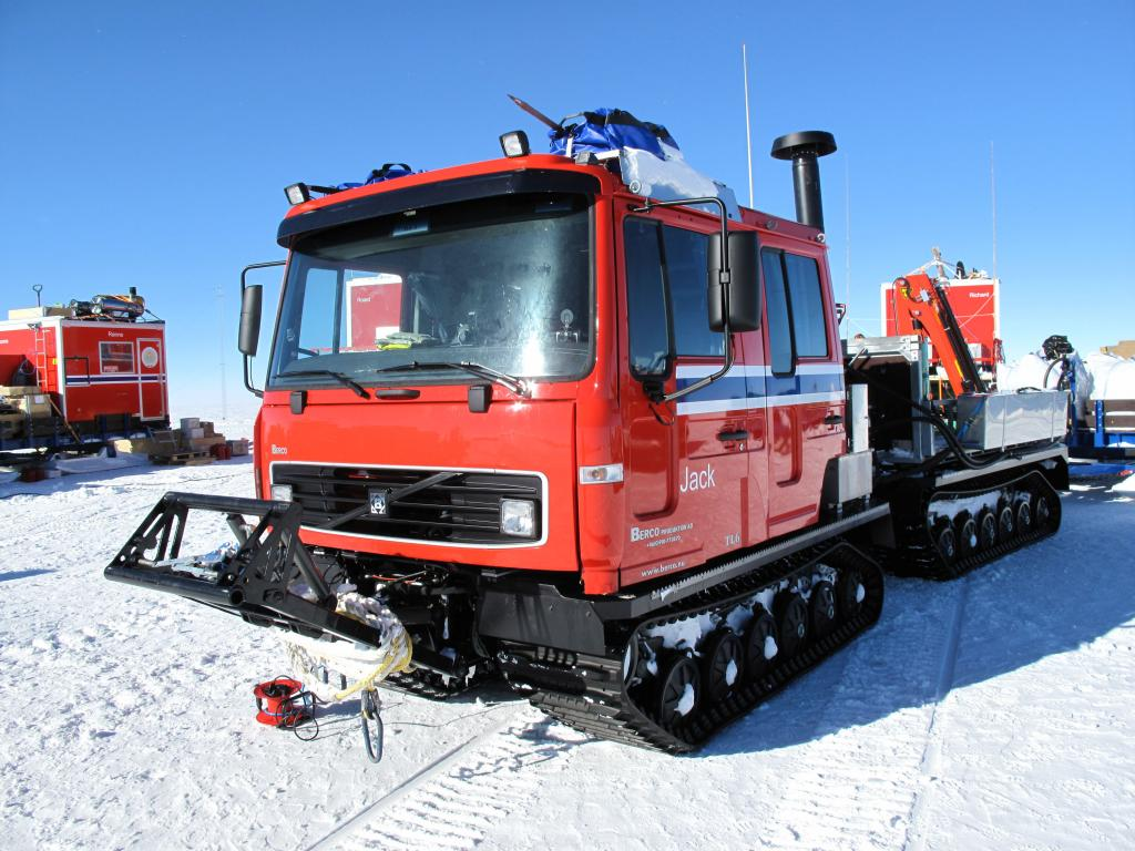 "The  U.S.-Norway Traverse of East Antarctica used large, specially designed vehicles to drive slowly across the ice sheet.  Image Credit:  Ted Scambos, NSIDC (<a href=""/cryosphere/gallery/photo/33767"">View photo detail.</a>) <br>"