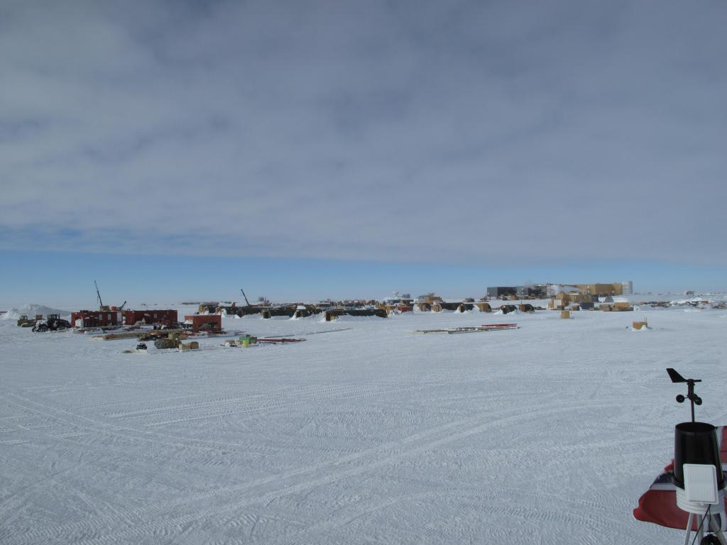"Much of the equipment brought to the south pole by researchers ends up staying there. Image Credit: Ted Scambos, NSIDC (<a href=""/cryosphere/gallery/photo/33790"">View photo detail.</a>) <br>"
