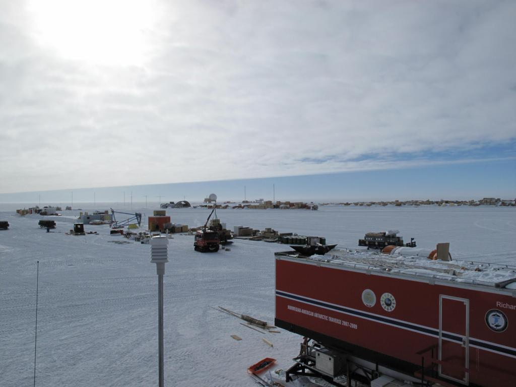 "The traverse cabin waits for the start of the expedition at the South Pole. Image Credit: Ted Scambos, NSIDC (<a href=""/cryosphere/gallery/photo/33792"">View photo detail.</a>) <br>"