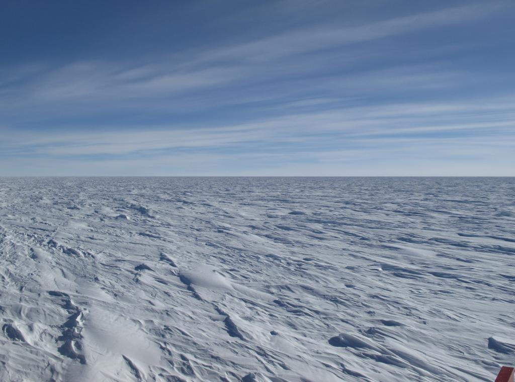 "The Antarctic Ice Sheet is the largest mass of ice on Earth. Image Credit: Ted Scambos, NSIDC (<a href=""/cryosphere/gallery/photo/33803"">View photo detail.</a>) <br>"