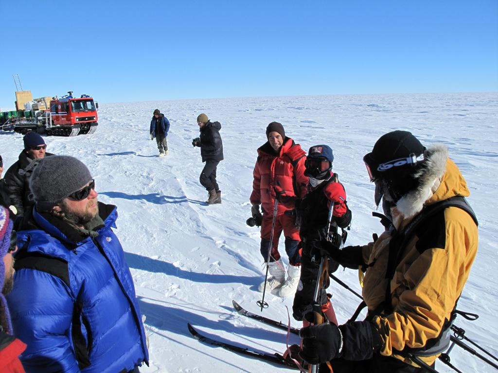 "The traverse team runs into a group of skiers racing across the Antarctic Ice Sheet. Image Credit:  Ted Scambos, NSIDC (<a href=""/cryosphere/gallery/photo/33824"">View photo detail.</a>) <br>"