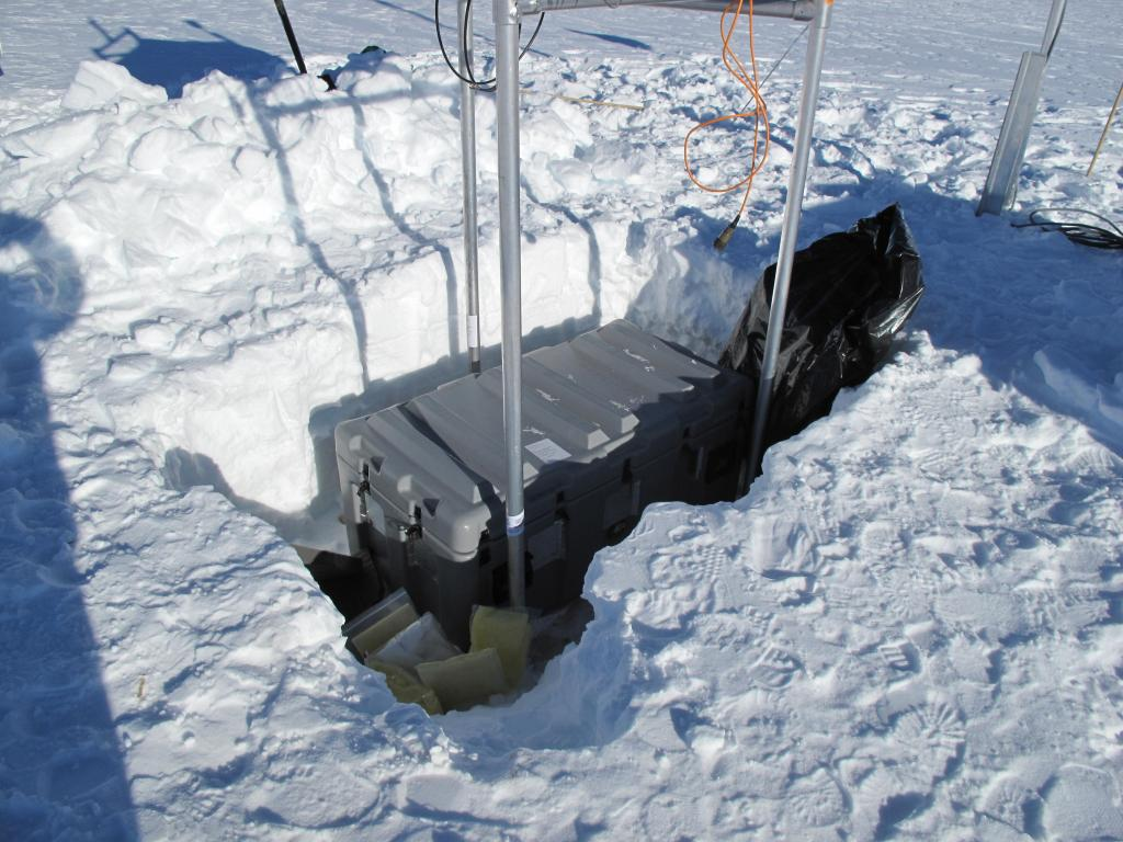 "The traverse team set up this scientific equipment on the Antarctic Ice Sheet. Image Credit:  Ted Scambos, NSIDC (<a href=""/cryosphere/gallery/photo/33833"">View photo detail.</a>) <br>"