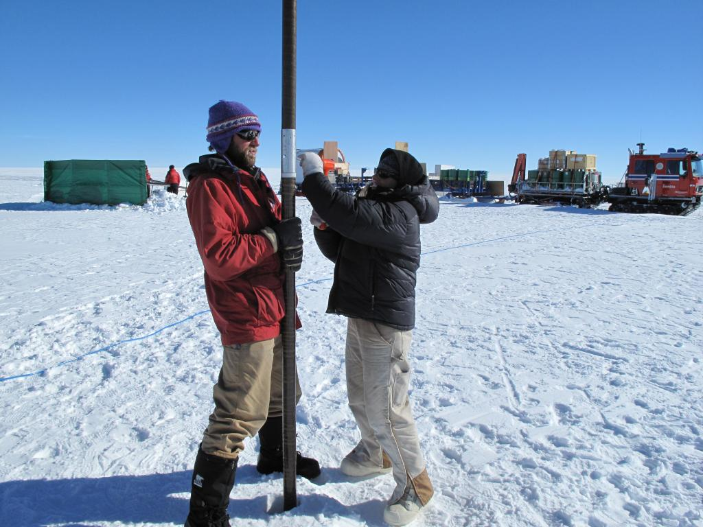 "Researchers take a snow core on the East Antarctic Ice Sheet. Image Credit:  Ted Scambos, NSIDC (<a href=""/cryosphere/gallery/photo/33854"">View photo detail.</a>) <br>"