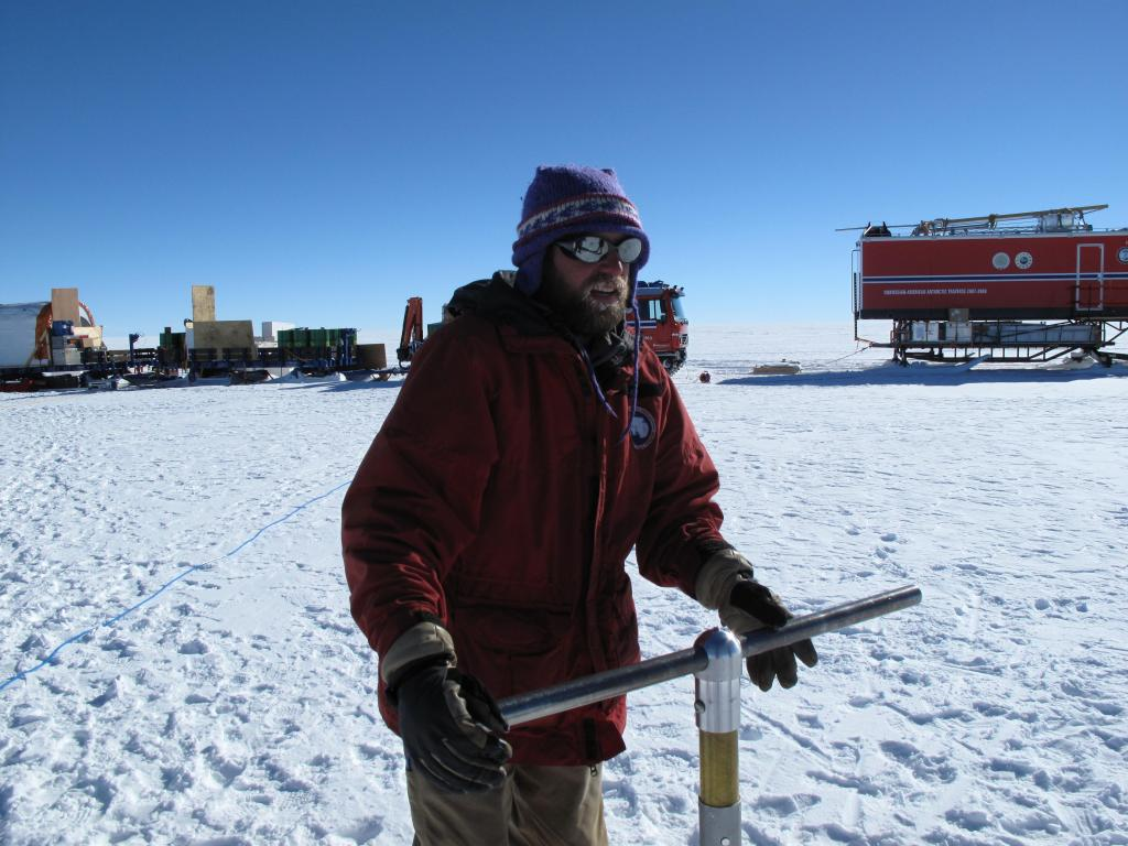 "Researchers take a snow core on the East Antarctic Ice Sheet (<a href=""/cryosphere/gallery/photo/33858"">View photo detail.</a>) <br>"