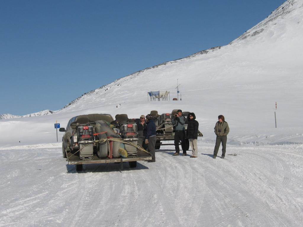 "Scientists get out of their vehicles to check out Atigun Pass. Image courtesy Andrew Slater, NSIDC. (<a href=""/cryosphere/gallery/photo/33641"">View photo detail.</a>) <br>"