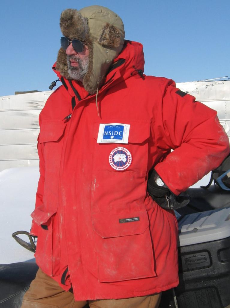"Mark Serreze poses during the 2009 SnowNet project in Alaska. Image courtesy Andrew Slater, NSIDC. (<a href=""/cryosphere/gallery/photo/33650"">View photo detail.</a>) <br>"