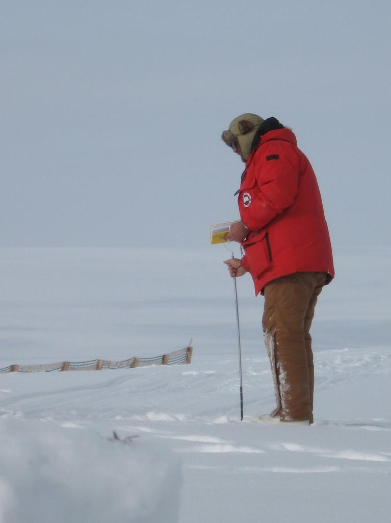 "Mark Serreze works in the field during the 2009 SnowNet project. Image courtesy Andrew Slater, NSIDC. (<a href=""/cryosphere/gallery/photo/33659"">View photo detail.</a>) <br>"