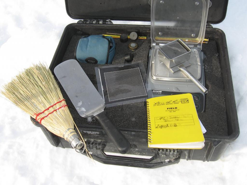 "The snow pit kit. Image courtesy  Andrew Slater, NSIDC. (<a href=""/cryosphere/gallery/photo/33678"">View photo detail.</a>) <br>"