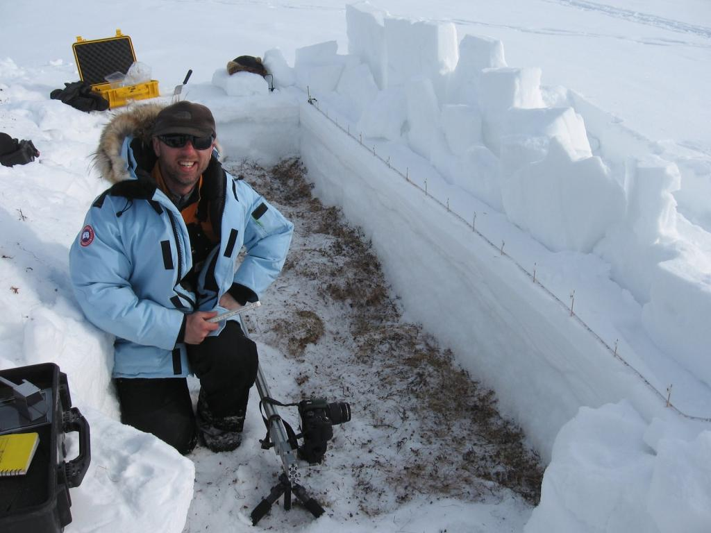 "Drew Slater conducts a near-IR photography session. Image courtesy  Andrew Slater, NSIDC. (<a href=""/cryosphere/gallery/photo/33680"">View photo detail.</a>) <br>"