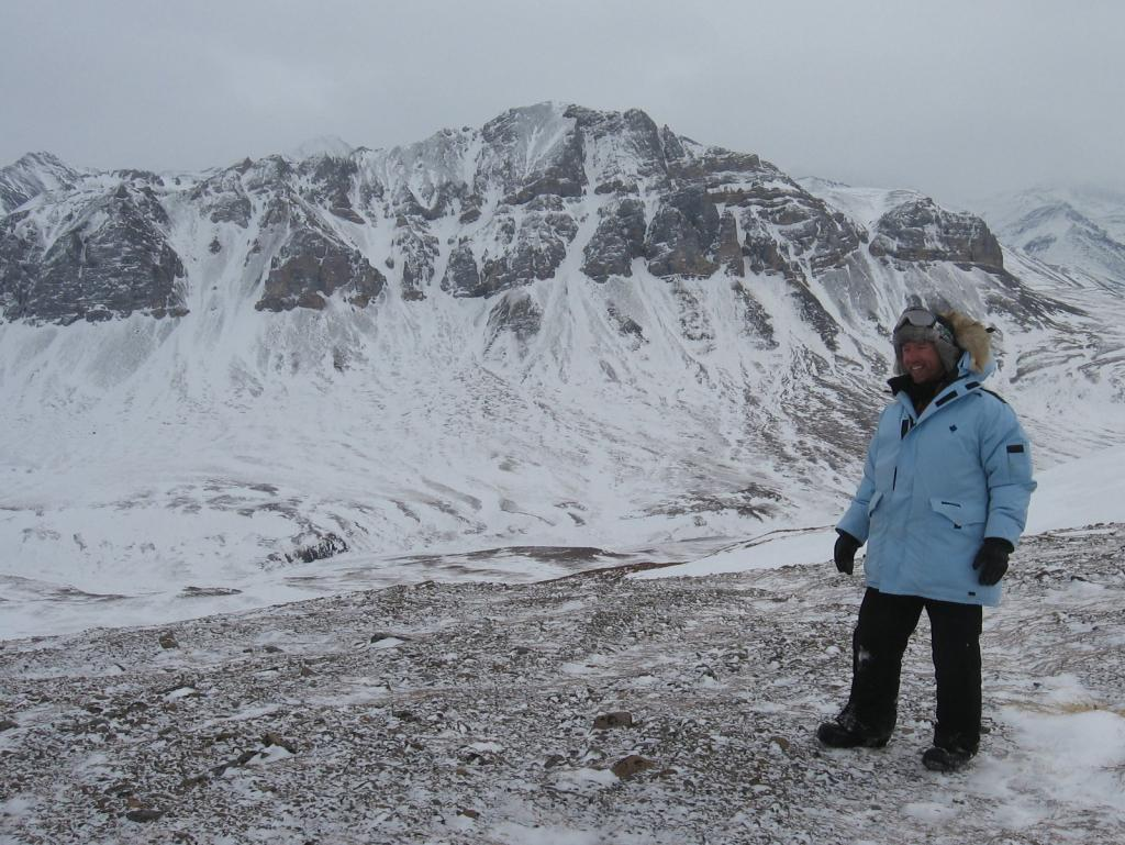 "Drew Slater hikes during the 2009 snownet project. Image courtesy Andrew Slater, NSIDC. (<a href=""/cryosphere/gallery/photo/33707"">View photo detail.</a>) <br>"
