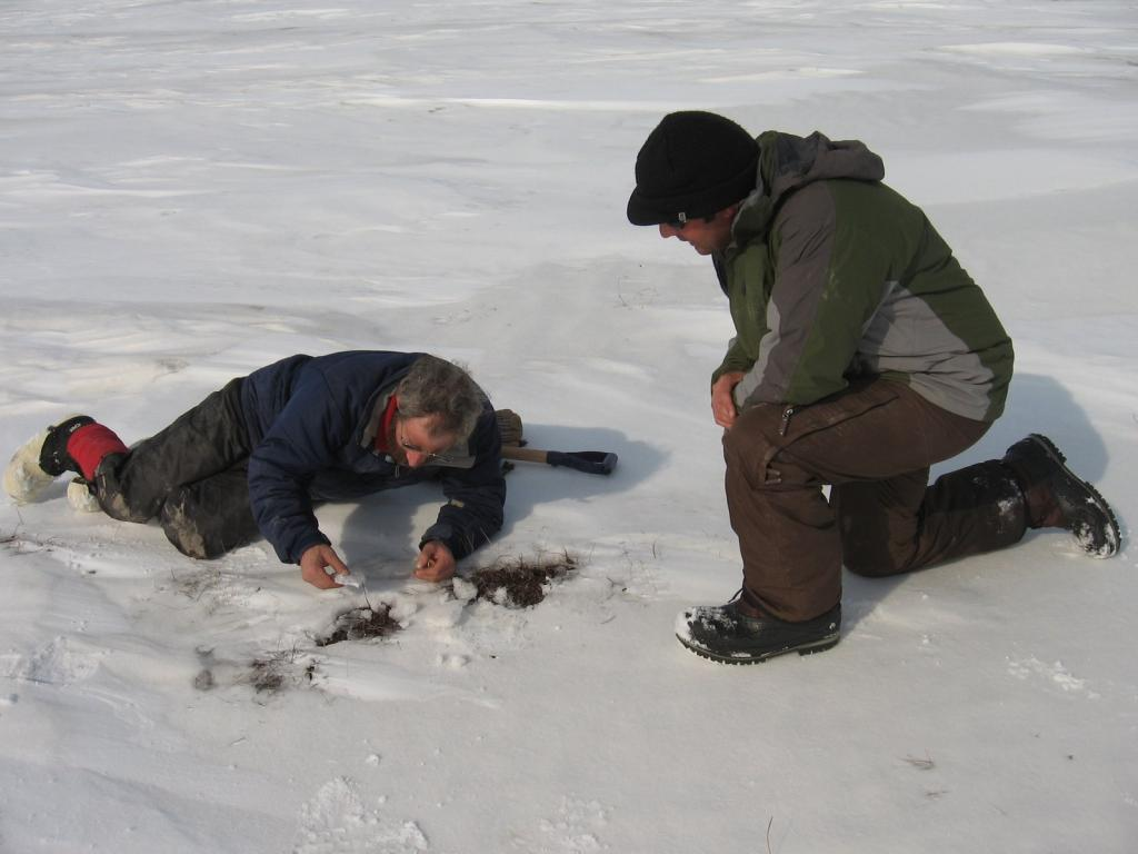 "Matthew discusses sublimation & evaporation with Christopher. Image courtesy Andrew Slater, NSIDC. (<a href=""/cryosphere/gallery/photo/33715"">View photo detail.</a>) <br>"