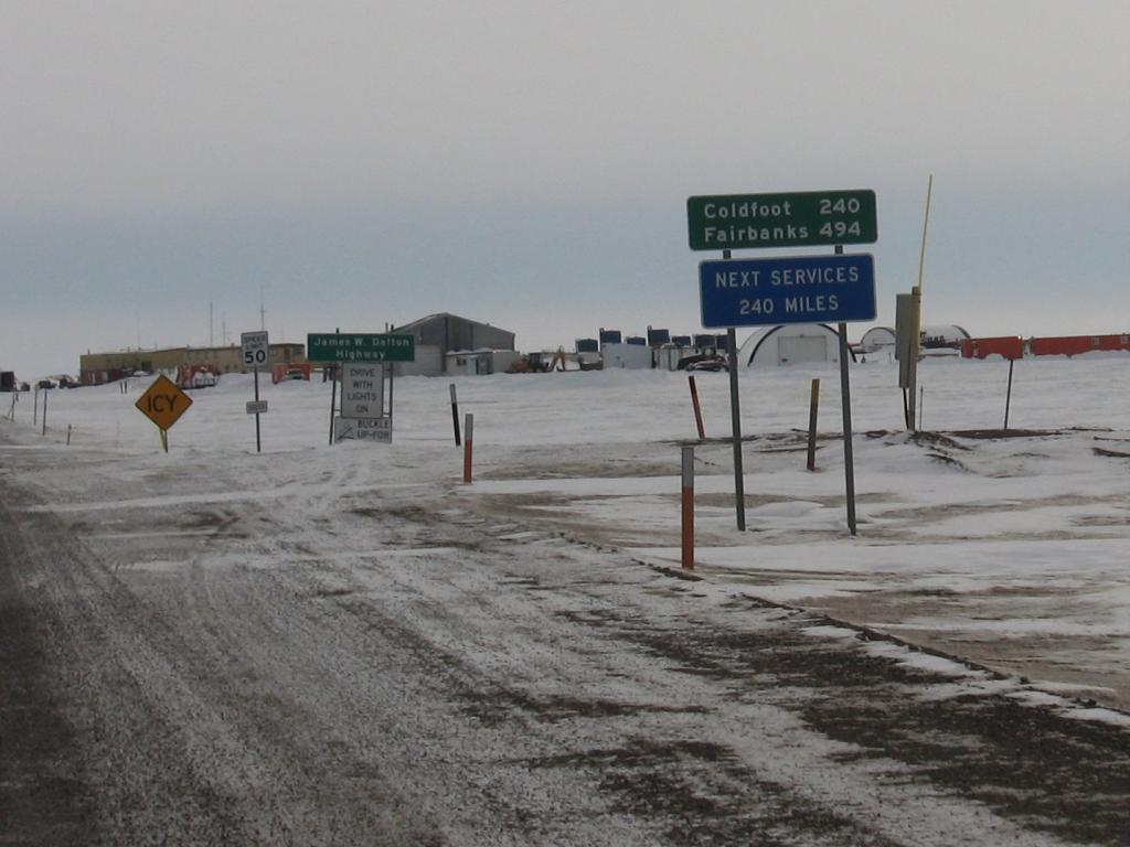 "There are very few towns and service stations along the Dalton Highway in Alaska.  Image courtesy Andrew Slater, NSIDC. (<a href=""/cryosphere/gallery/photo/33720"">View photo detail.</a>) <br>"