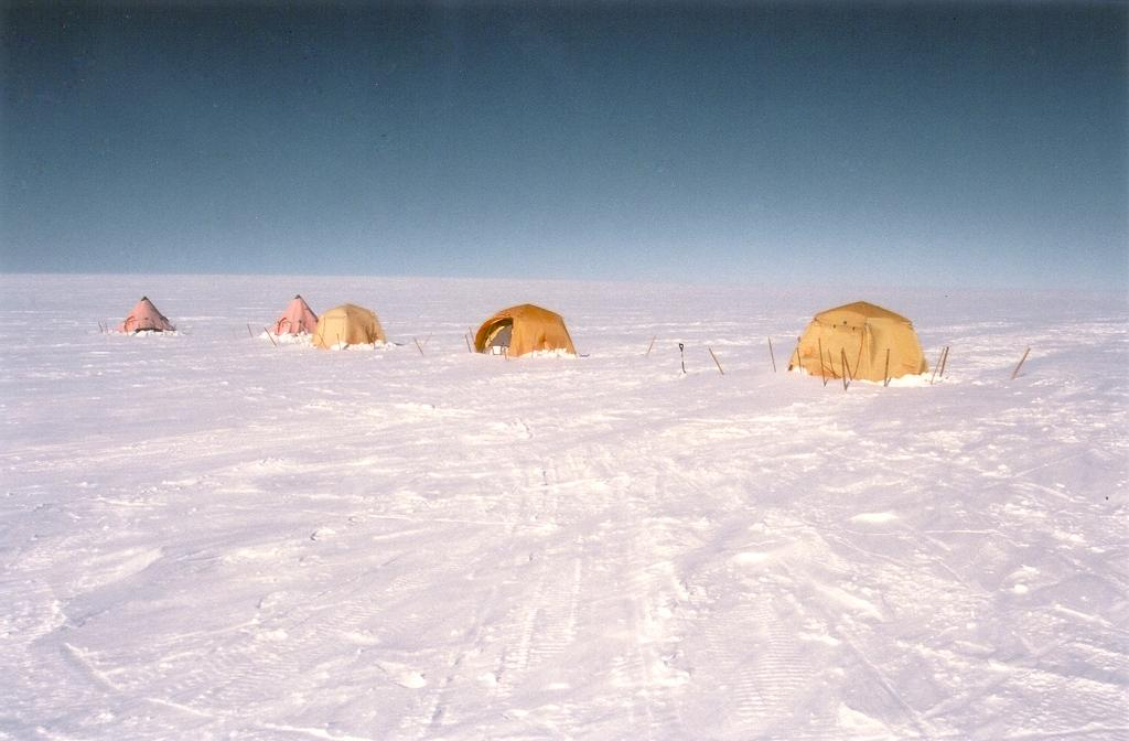 "Our sleeping tents, which we put up after arriving at camp. Photo by John Maurer, CIRES/NSIDC, University of Colorado. (<a href=""/cryosphere/gallery/photo/33136"">View photo detail.</a>) <br>"
