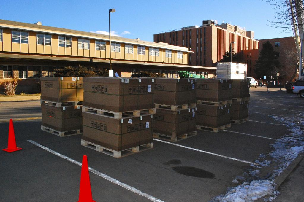 "Supplies for the National Snow and Ice Data Center (NSIDC) Green Data Center sit ready to be lifted to the roof for installation. —Credit: Ron Weaver/NSIDC (<a href=""/cryosphere/gallery/photo/34045"">View photo detail.</a>) <br>"