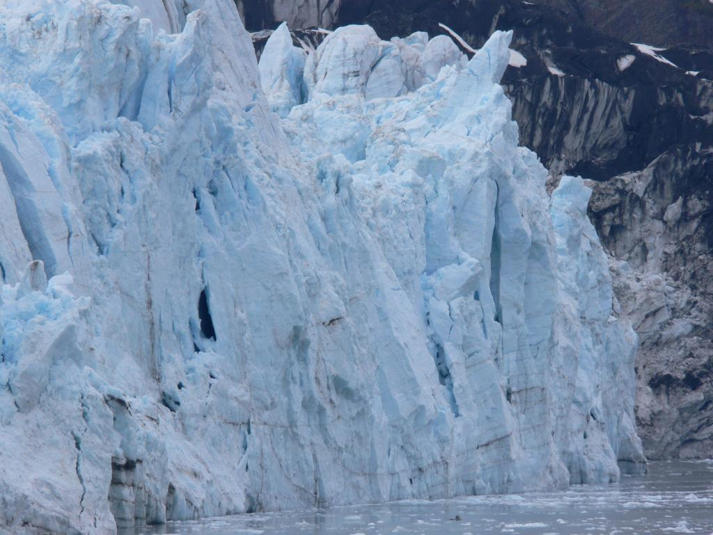 "Margerie Glacier, in Glacier Bay. Glacier Bay National Park, AK. From ship. Image Credit:  Courtesy Lynn French, NSIDC (<a href=""/cryosphere/gallery/photo/33405"">View photo detail.</a>) <br>"