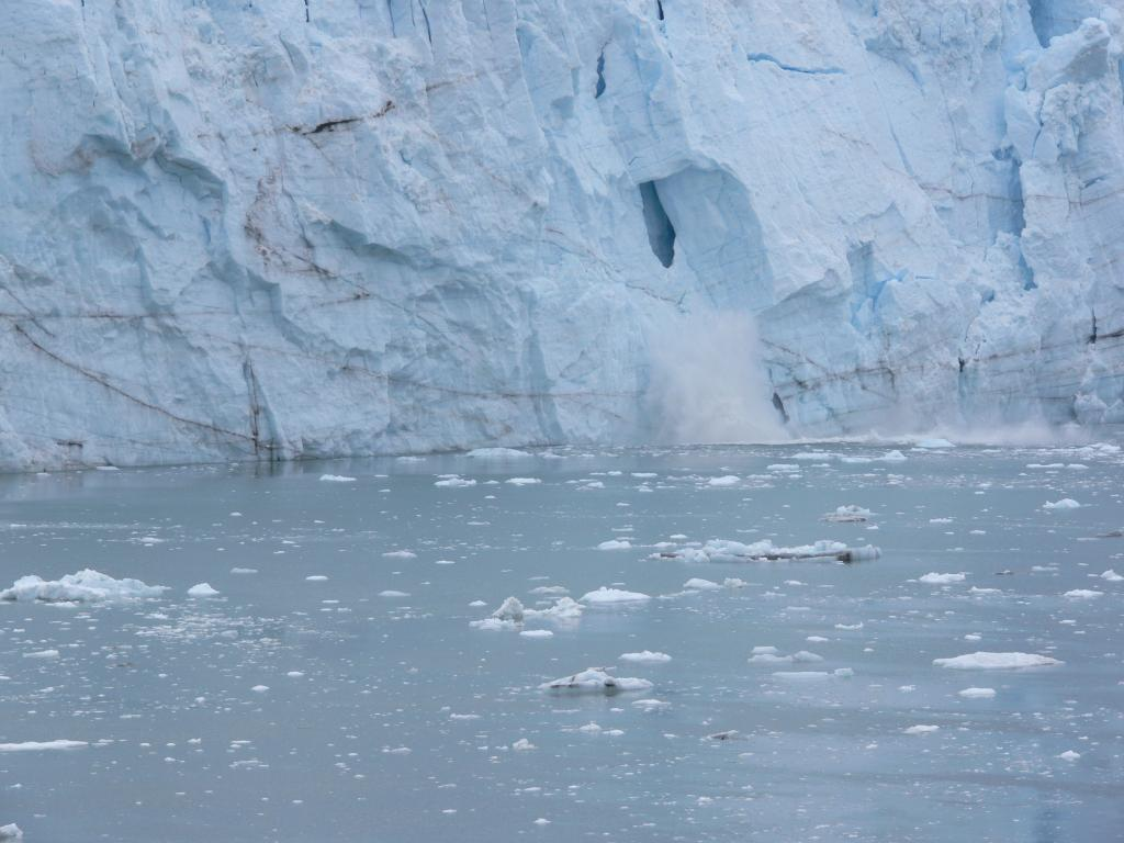 "Margerie Glacier, in Glacier Bay. Calving photo #1. Glacier Bay National Park, AK. From ship. Image Credit:  Courtesy Lynn French, NSIDC (<a href=""/cryosphere/gallery/photo/33409"">View photo detail.</a>) <br>"
