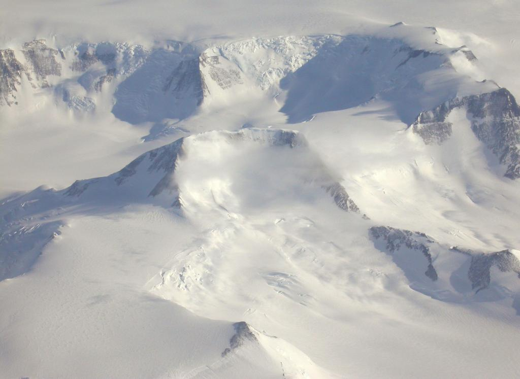 "An in-flight view of the Worcester Range in Antarctica. Image Credit:  Courtesy Ted Scambos and Rob Bauer, NSIDC  <a href=""http://nsidc.org/antarctica/megadunes/"">Megadunes Web site</a> (<a href=""/cryosphere/gallery/photo/33060"">View photo detail.</a>) <br>"