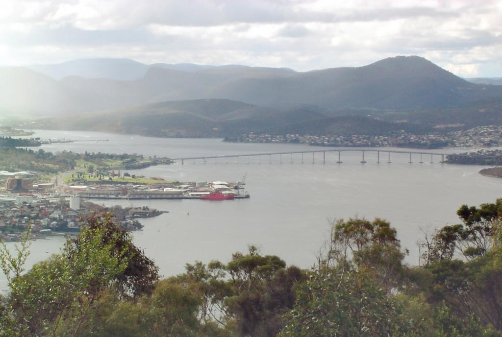 "An overcast view of Hobart, Tasmania, Australia. Photo Credit: Courtesy Ted Scambos, NSIDC (<a href=""/cryosphere/gallery/photo/33187"">View photo detail.</a>) <br>"