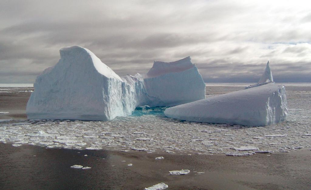 "While navigating the Ross Sea, the team came across this unusual cluster of icebergs and pancake ice.  This is one of several photos taken. Photo Credit: Courtesy Ted Scambos, NSIDC (<a href=""/cryosphere/gallery/photo/33233"">View photo detail.</a>) <br>"