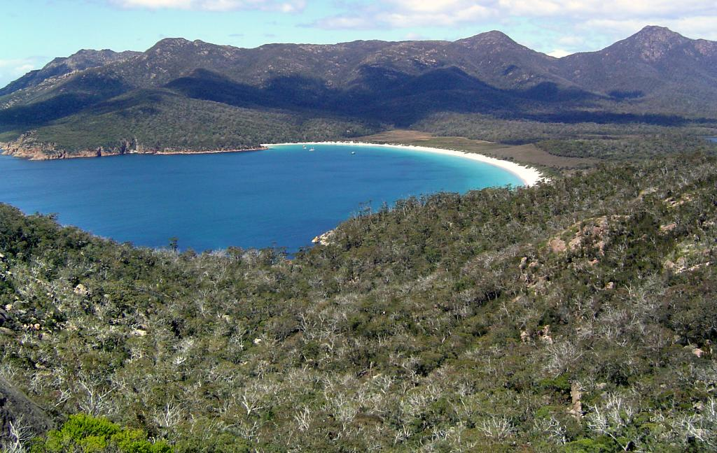 "Wineglass Bay of Tasmania, Australia, after the return from the Aurora AustralisPhoto Credit: Courtesy Ted Scambos, NSIDC (<a href=""/cryosphere/gallery/photo/33277"">View photo detail.</a>) <br>"