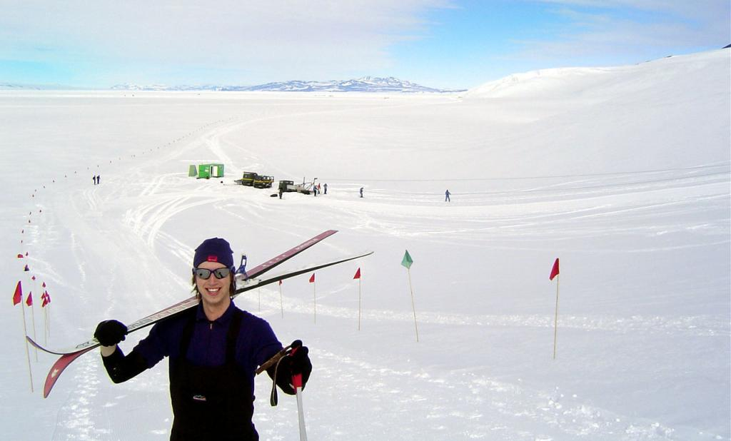 "Mac Cathles enjoying a day of skiing at Scott Base. Image Credit:  Courtesy Ted Scambos and Rob Bauer, NSIDC  <a href=""http://nsidc.org/antarctica/megadunes/"">Megadunes Web site</a> (<a href=""/cryosphere/gallery/photo/33013"">View photo detail.</a>) <br>"
