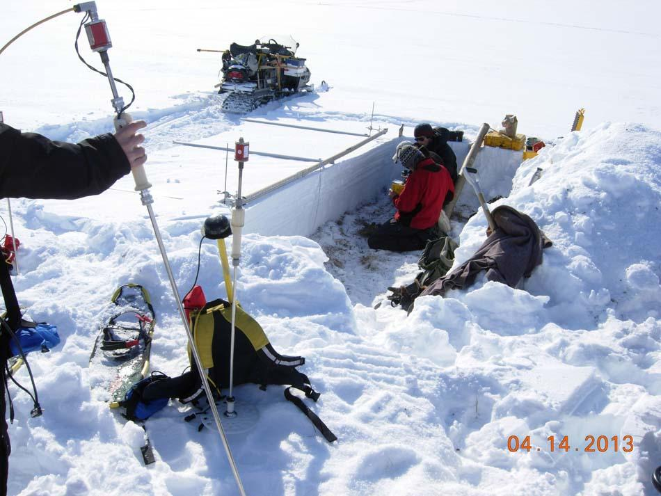 "Researchers measure snow depth during the 2013 Arctic Observing Network (Snownet) project in Alaska. (<a href=""/cryosphere/gallery/photo/34116"">View photo detail.</a>) <br>"