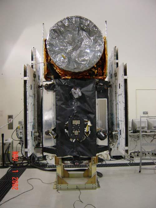 "Closeout of the ICESat spacecraft prior to installation on the launch vehicle at Vanderburg AFB, 01 November 2002. (<a href=""/cryosphere/gallery/photo/33608"">View photo detail.</a>) <br>"