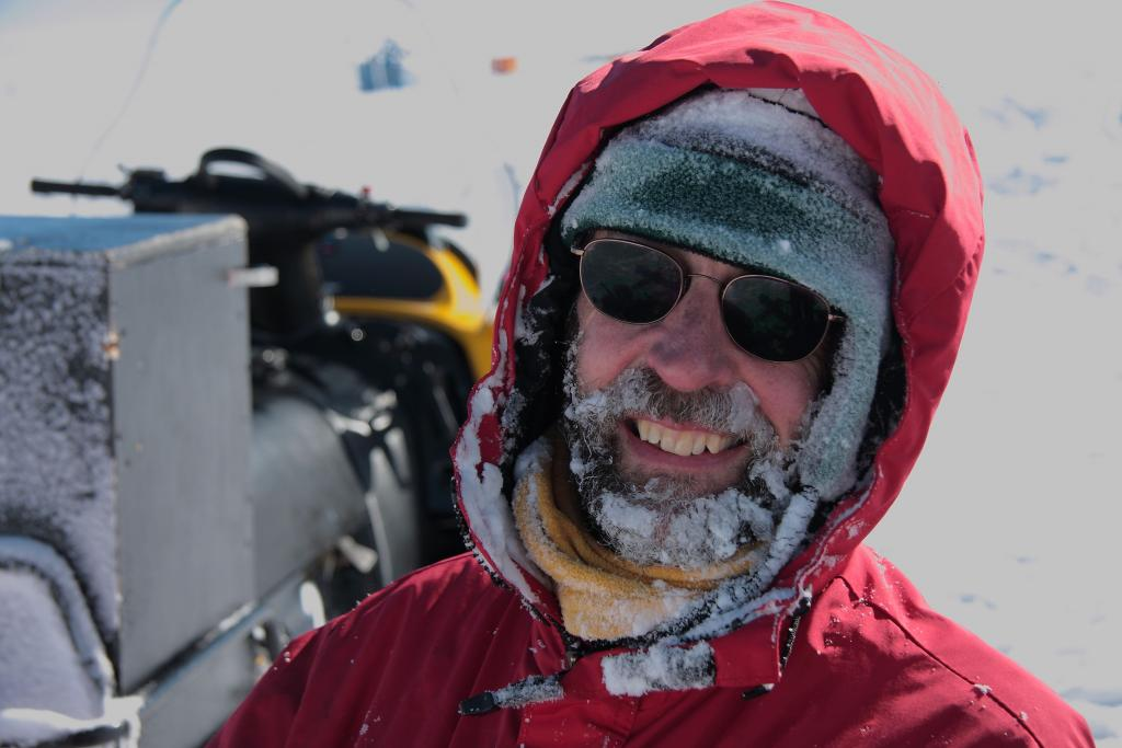 "Terry Haran enjoys the balmy weather on the Antarctic Peninsula (<a href=""/cryosphere/gallery/photo/33919"">View photo detail.</a>) <br>"