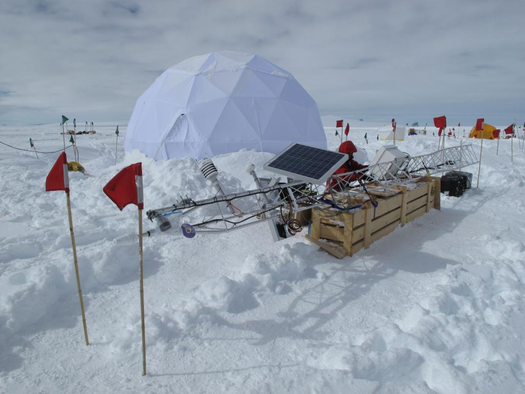 "This white dome covers researchers at an ice coring site in Antarctica (<a href=""/cryosphere/gallery/photo/33928"">View photo detail.</a>) <br>"