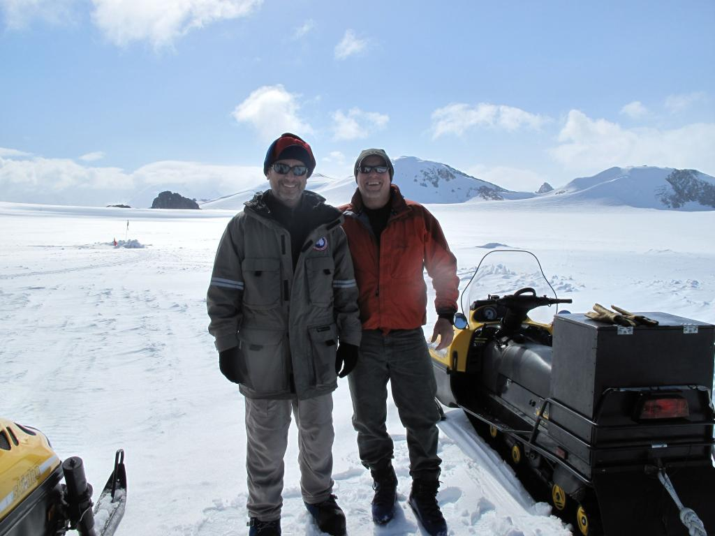 "Ted Scambos (left) and Rob Bauer pose on the Antarctic  Peninsula (<a href=""/cryosphere/gallery/photo/33926"">View photo detail.</a>) <br>"