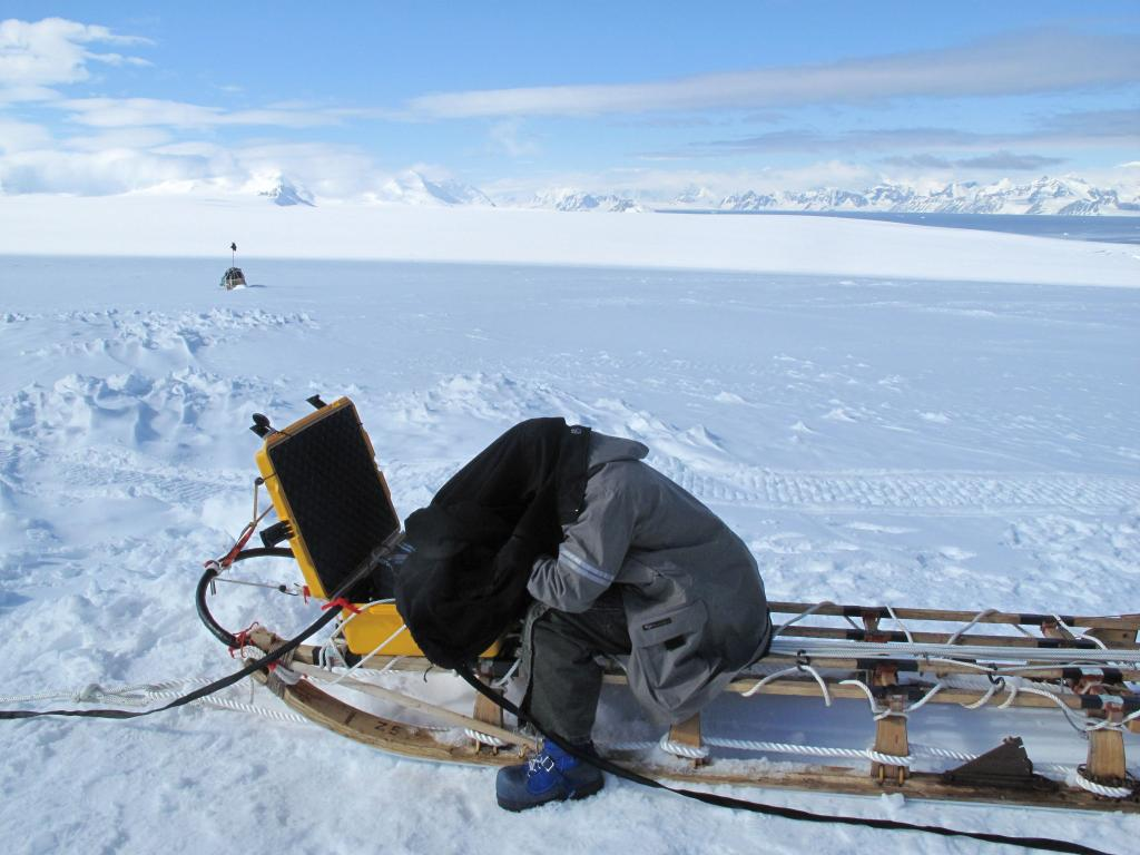 "A scientist works on the radar sled during the LARISSA expedition in Antarctica (<a href=""/cryosphere/gallery/photo/33917"">View photo detail.</a>) <br>"
