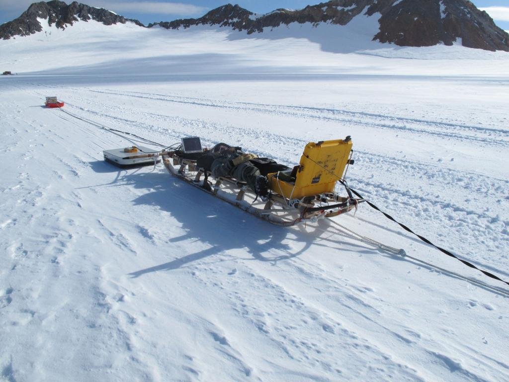 "Researchers used this radar sled to study land formations beneath the ice (<a href=""/cryosphere/gallery/photo/33004"">View photo detail.</a>) <br>"