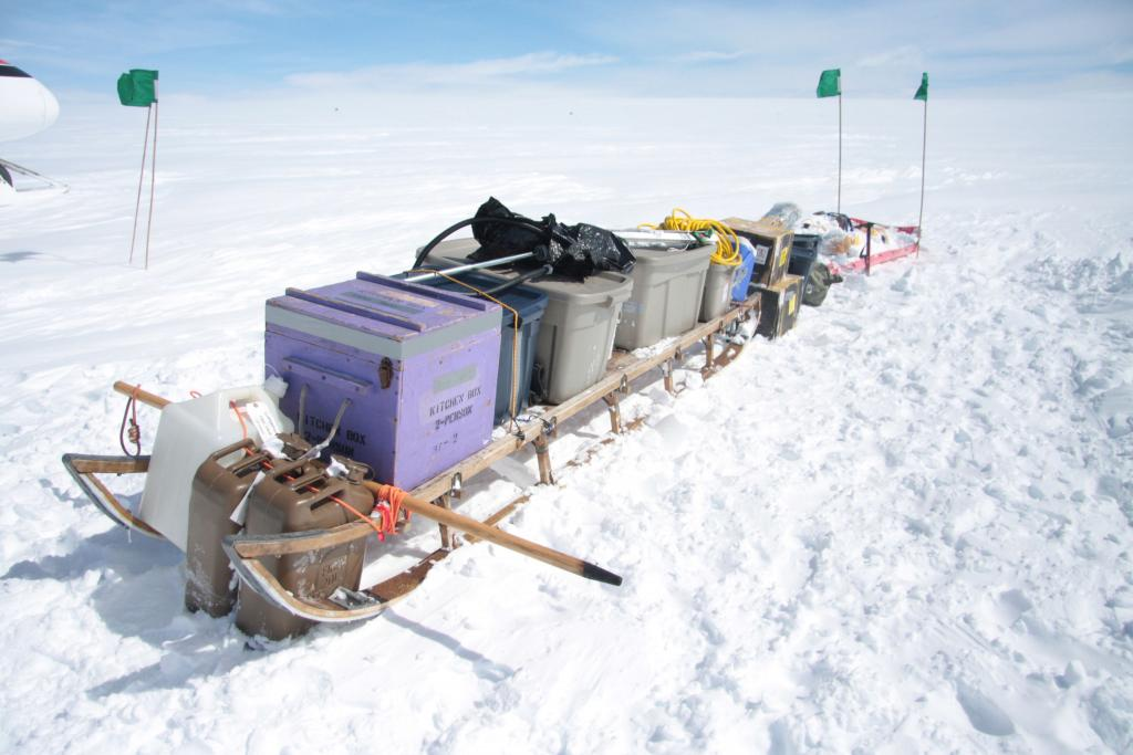 "This sled carried kitchen gear and tents for camping on the glacier (<a href=""/cryosphere/gallery/photo/33922"">View photo detail.</a>) <br>"