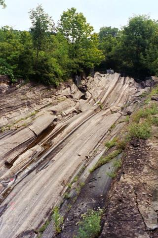 Photograph of glacial grooves, Kelleys Island, Ohio