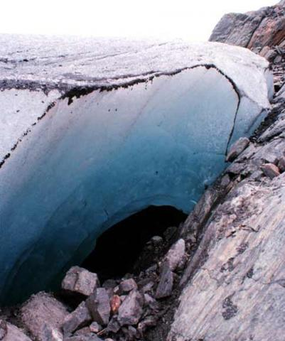 Glacier Features: Glacier Caves | National Snow and Ice Data Center