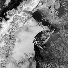 Satellite image of the Larsen Ice Shelf, Antarctica, 1998